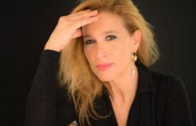 Grazia Di Michele presenta il suo nuovo disco al PAN per il NEAPOLIS 2019