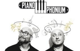 Al Teatro Bolivar, il duo PianoPhonium propone un viaggio nella musica dall'800 al rock progressive