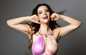 Un pezzo fresco come l'estate: Bye bye, il nuovo singolo di Anna Capasso
