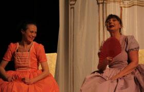 Al Castello dei Conti, l'universo femminile domina la scena: arriva La Commedia delle donne